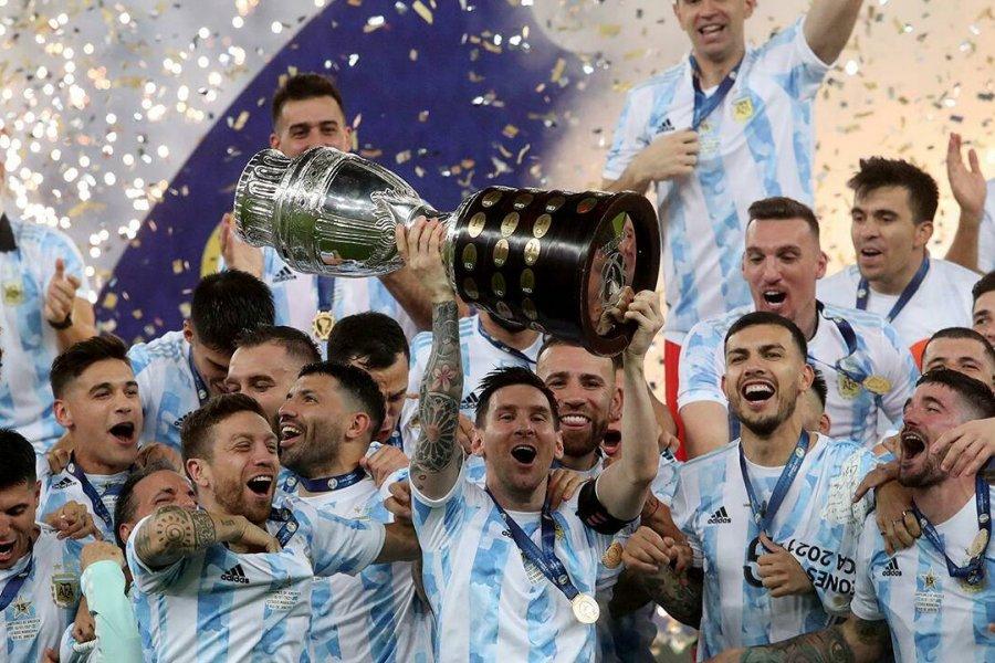 La Argentina campeona de América enfrenta a Venezuela