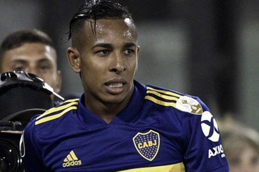 Villa, entre el regreso a Boca y el perdón a los hinchas y sus compañeros