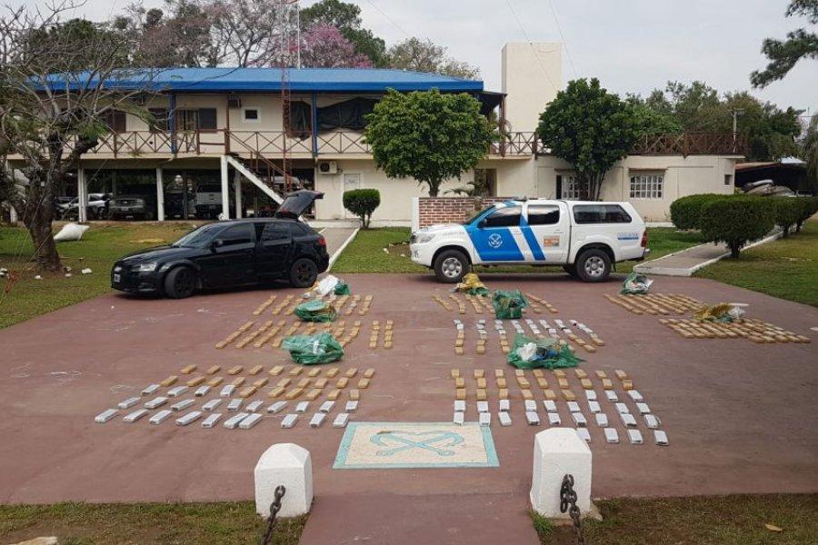 Paso de la Patria: hallan casi 300 kilos de droga en auto abandonado
