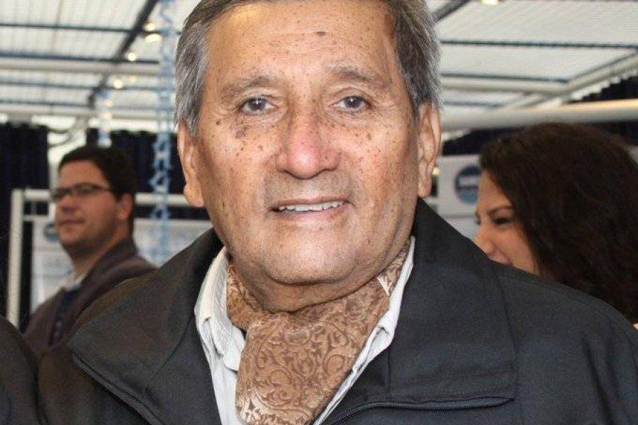 Falleció el escultor chaqueño Fabriciano Gómez