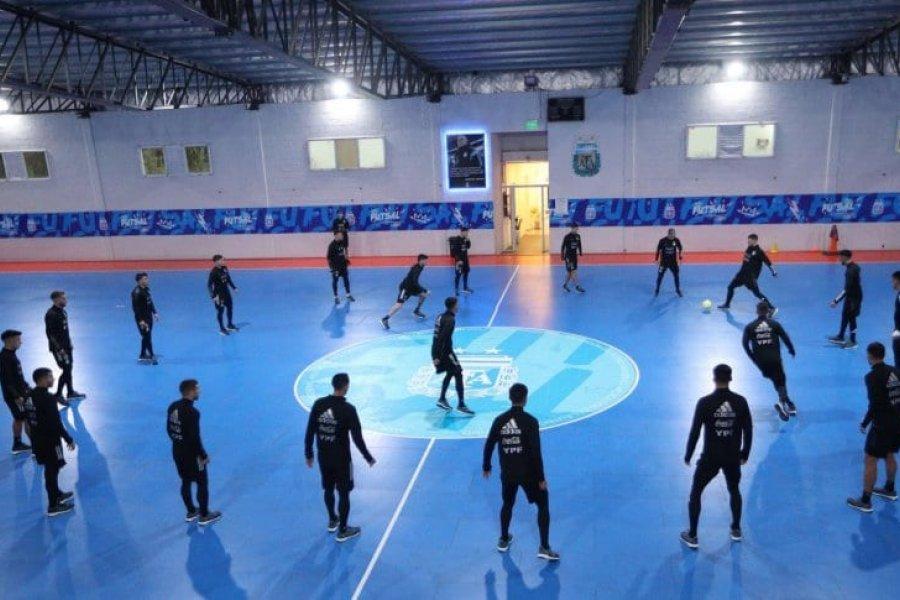 La lluvia complicó a la Selección Argentina: último entrenamiento bajo techo