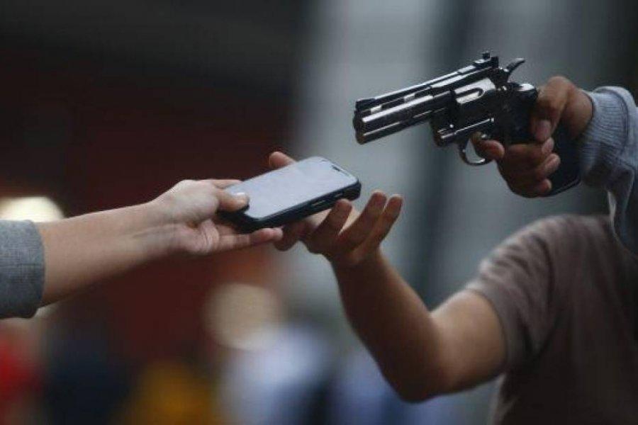Violento asalto a una mujer en pleno centro de la Capital