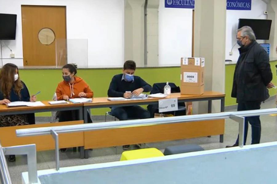 Elecciones PASO 2021: Votó el presidente Alberto Fernández
