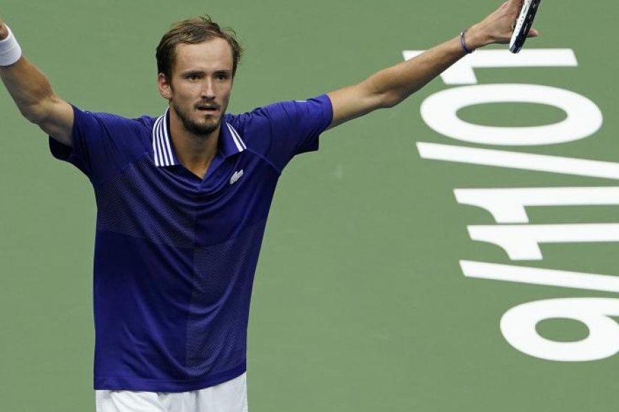 Medvedev venció a Djokovic, se quedó con el US Open