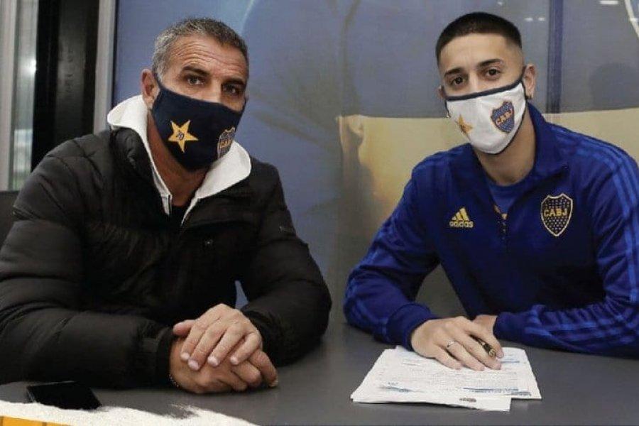 Agustín Sández renovó su vínculo con Boca