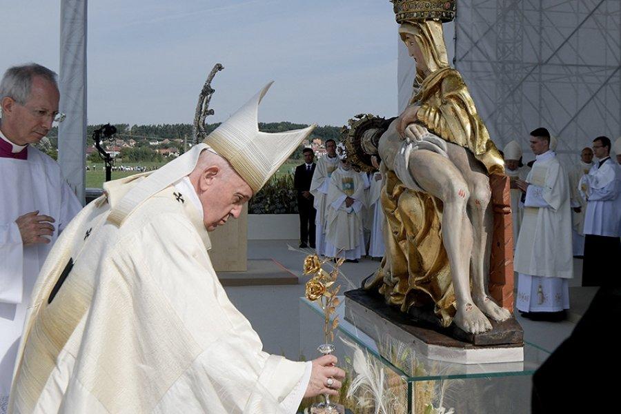 """El Papa Francisco criticó la """"virulencia"""" hacia algunas vacunas contra el coronavirus"""
