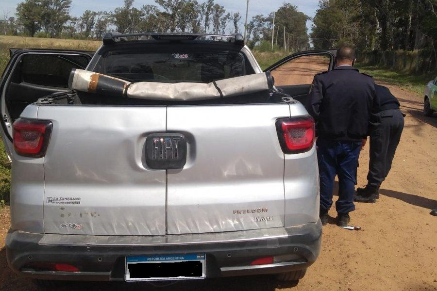 Tras persecución lograron secuestrar una camioneta que tenía pedido de secuestro