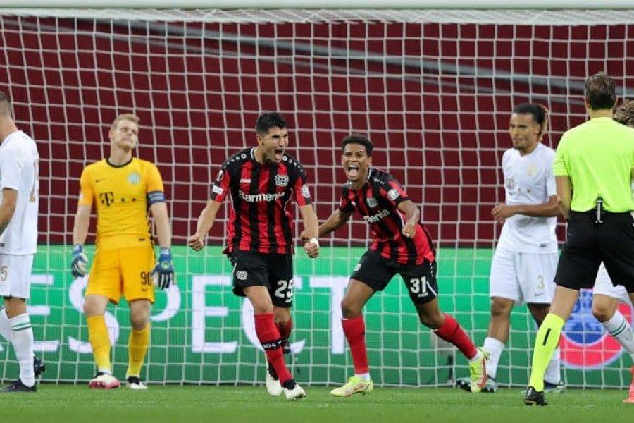 Golazo de Exequiel Palacios para Bayer Leverkusen ante Ferencváros