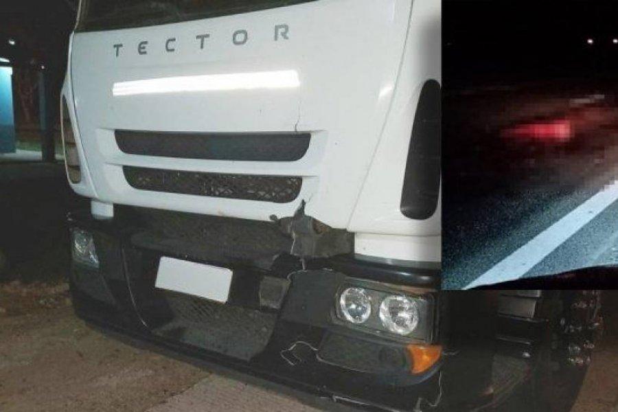 Un camión atropelló y mató a una persona sobre la Ruta 14
