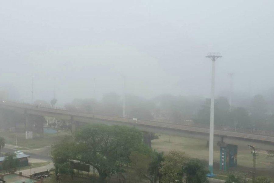 Corrientes amaneció cubierto con una intensa niebla