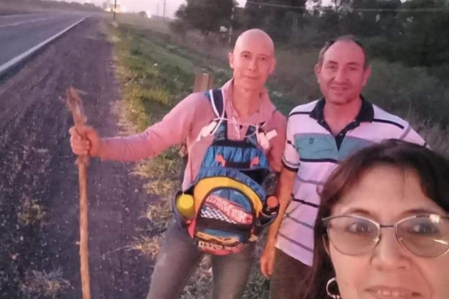 Devoto charatense camina 362 kilómetros hacía la Basílica de Itatí