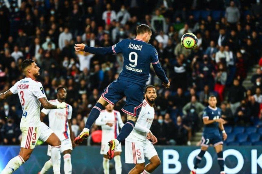 El PSG de Messi salvó el invicto ante Lyon con un gol agónico de Icardi