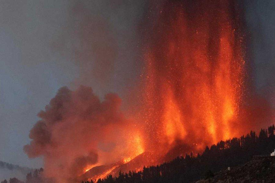 El volcán Cumbre Vieja entró en erupción en el archipiélago de Canarias