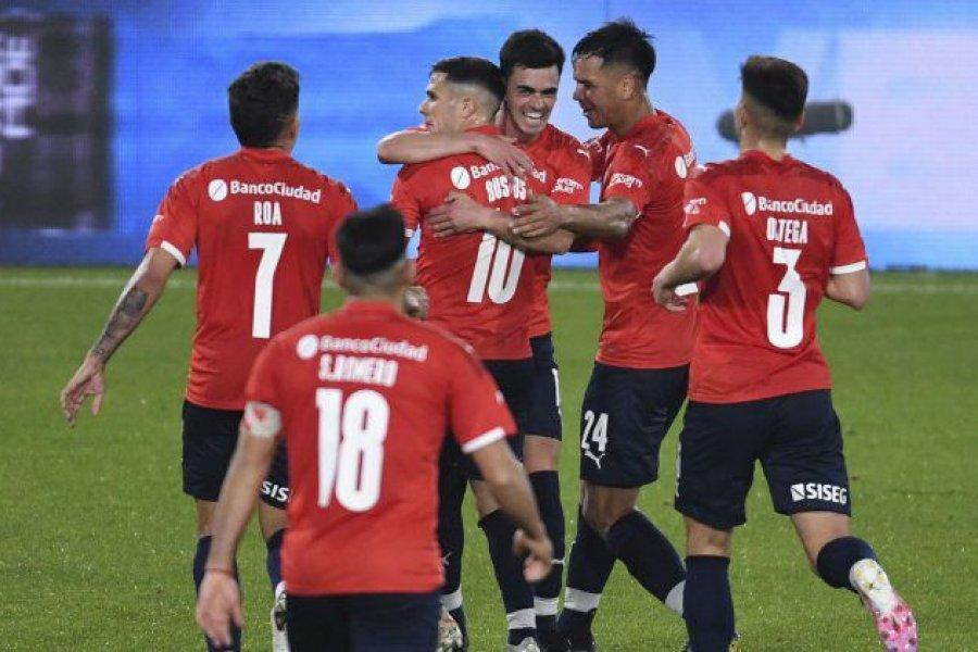 Independiente venció a Huracán por la Liga Profesional y sigue prendido a la pelea