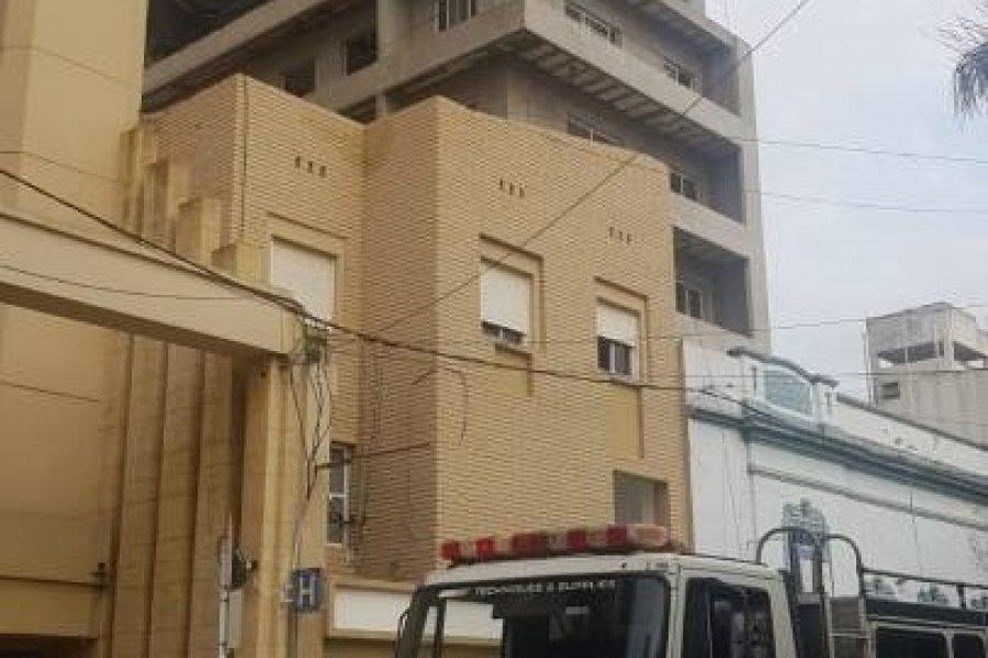 Un obrero cayó desde un edificio en construcción