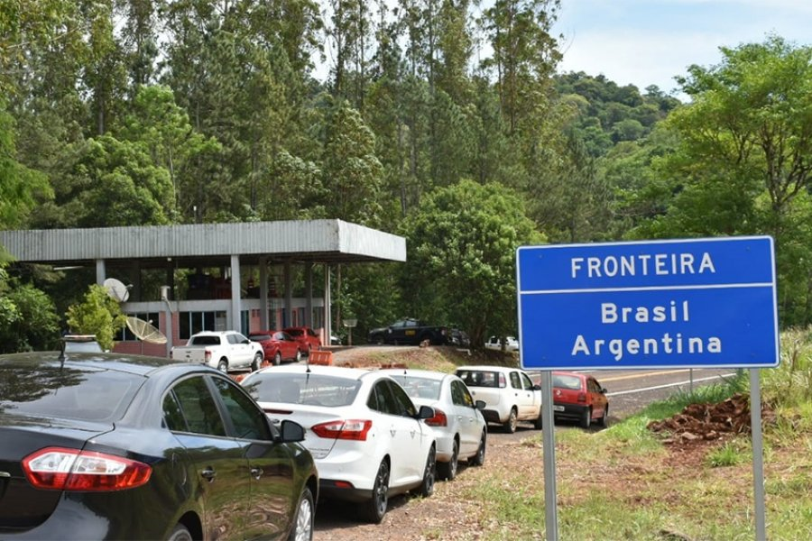 """El Gobierno anunció la apertura """"gradual y cuidada"""" de las fronteras"""