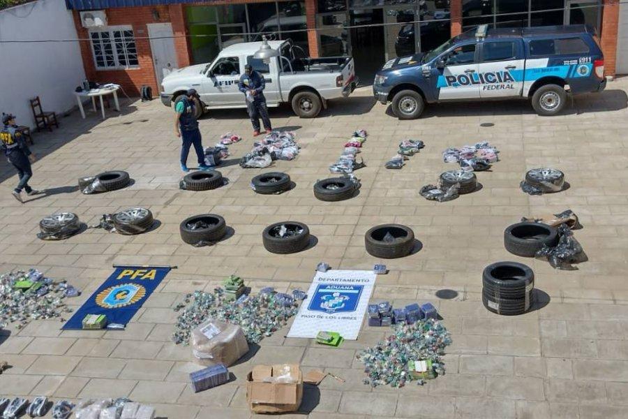 Decomisan mercadería ilegal valuada en más de 2 millones de pesos