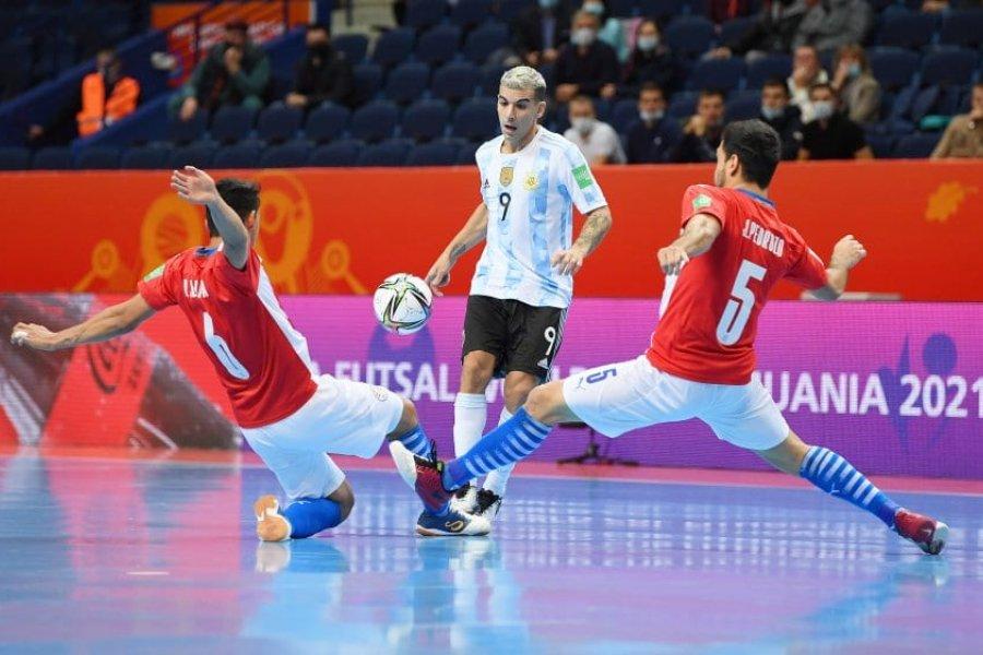 Argentina goleó a Paraguay en el Mundial de Futsal y pasó a cuartos de final