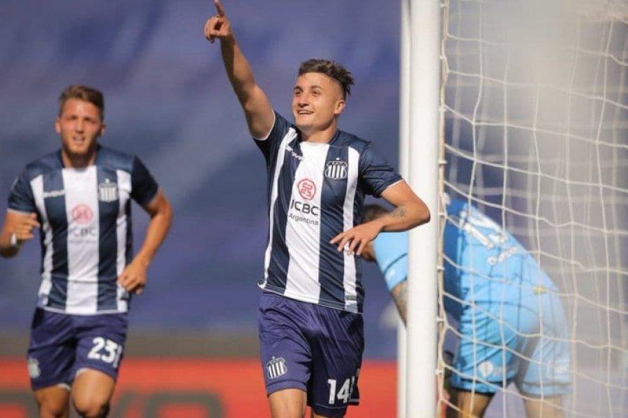 Talleres goleó a Central y sigue como líder de la Liga Profesional