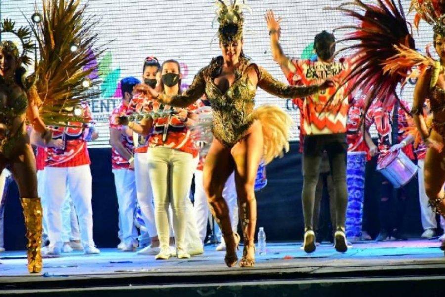 Corrientes vivió una fiesta carnavalera con un show de baterías