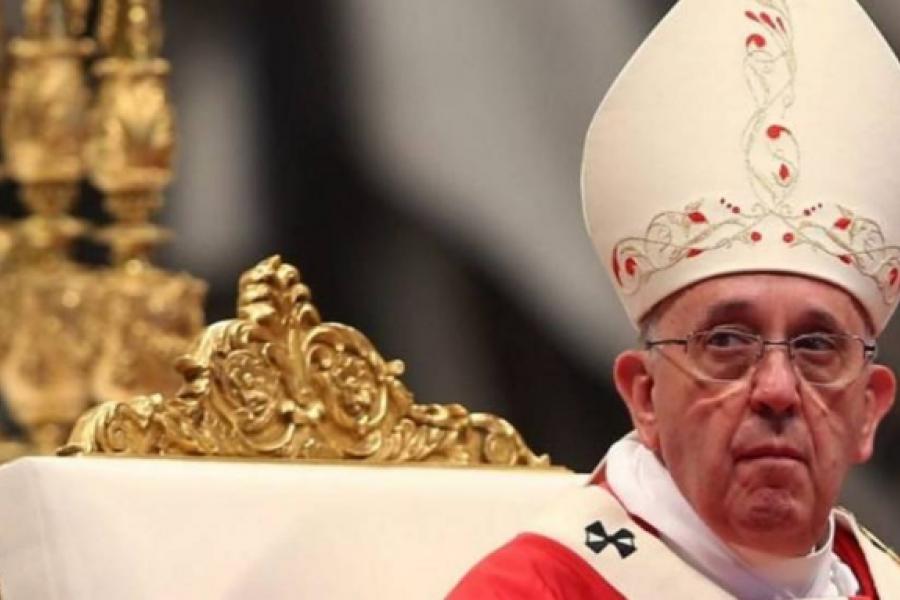 El papa Francisco llamó a atender las urgencias de vacunas, agua y pan en el mundo