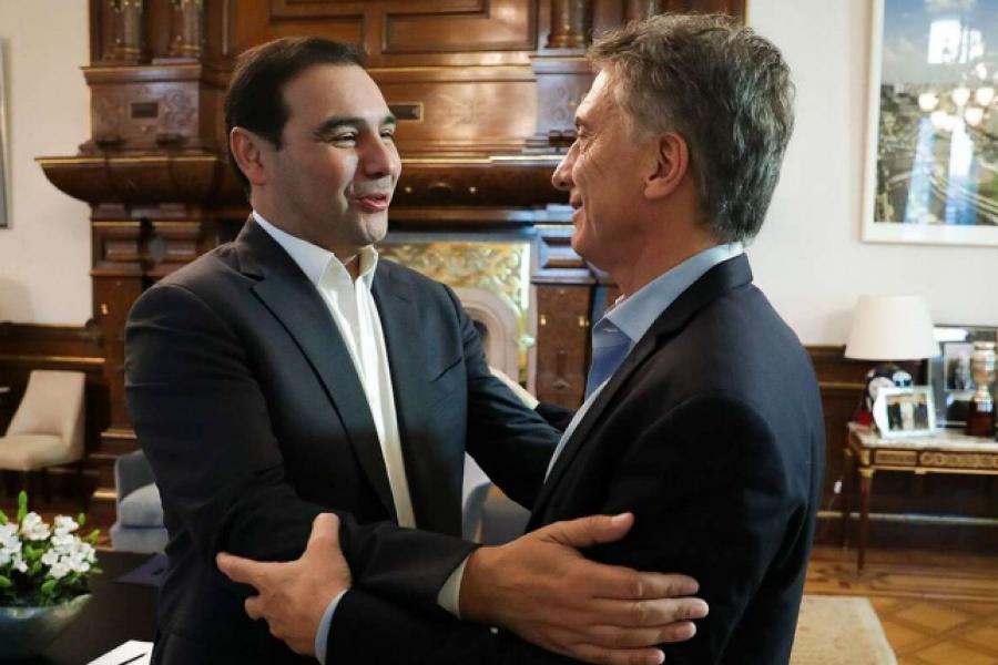 """El gobernador de Corrientes Valdés reconoció que escribió """"nobiembre"""": Mi profesor de castellano me colgaría de la pata"""