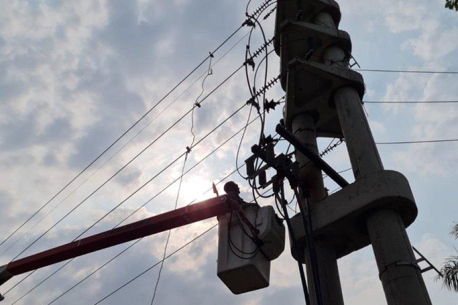 Intentaron robar los cables de la luz y colapsó el servicio