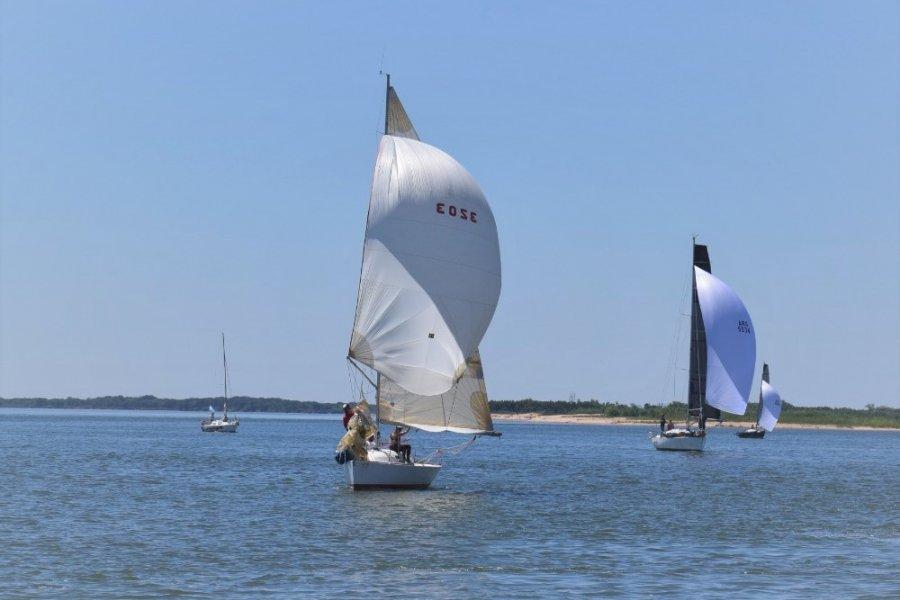 El domingo se corrió la regata Aniversario