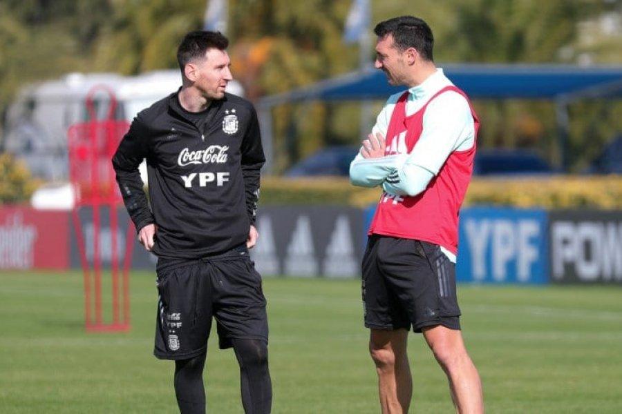 """Scaloni no duda: """"Conmigo, Messi va a jugar siempre"""""""
