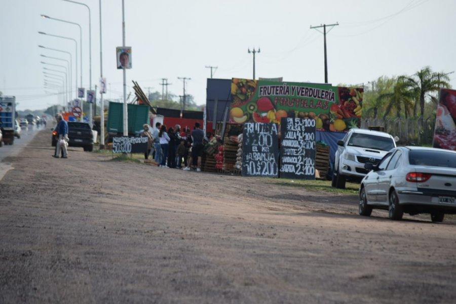 Corrientes: Desalojan puesteros en zona del acceso a Santa Ana