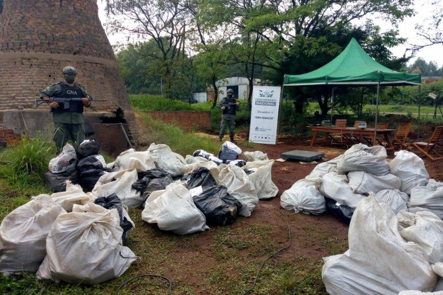 Gendarmería efectúa la incineración de más de cuatro toneladas de marihuana