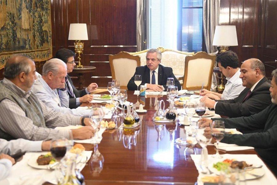 Alberto Fernández recibió a la CGT en medio de las negociaciones con Moyano por la conducción