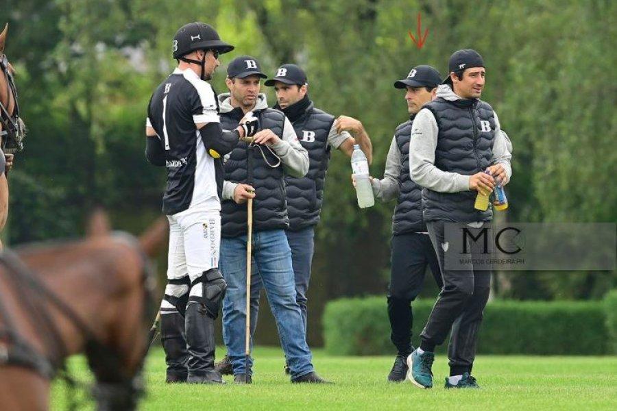 Kinesiólogo recibido en la UNNE rehabilita a jugadores de la elite del polo argentino