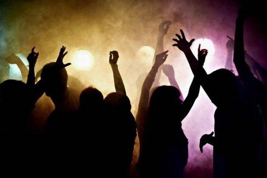 Desarticulan una fiesta clandestina con cerca de 60 personas