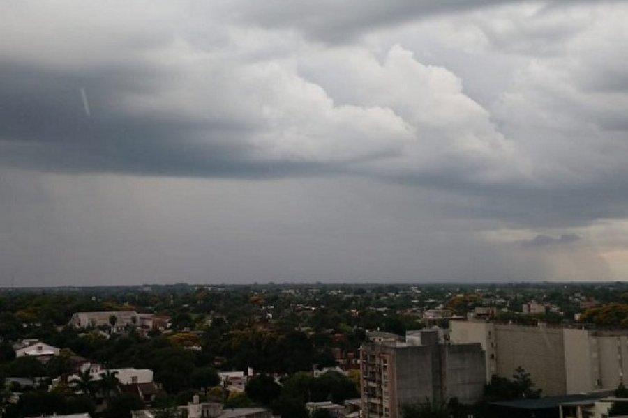 Fin de semana largo con pronóstico de lluvias en Corrientes