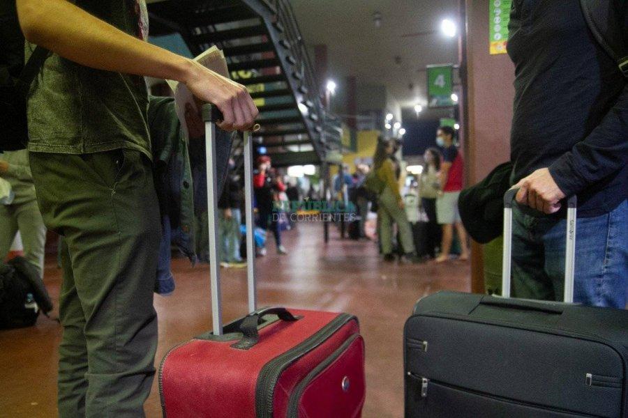 Hay ocupación plena en el Iberá, en las ciudades costeras y en la capital