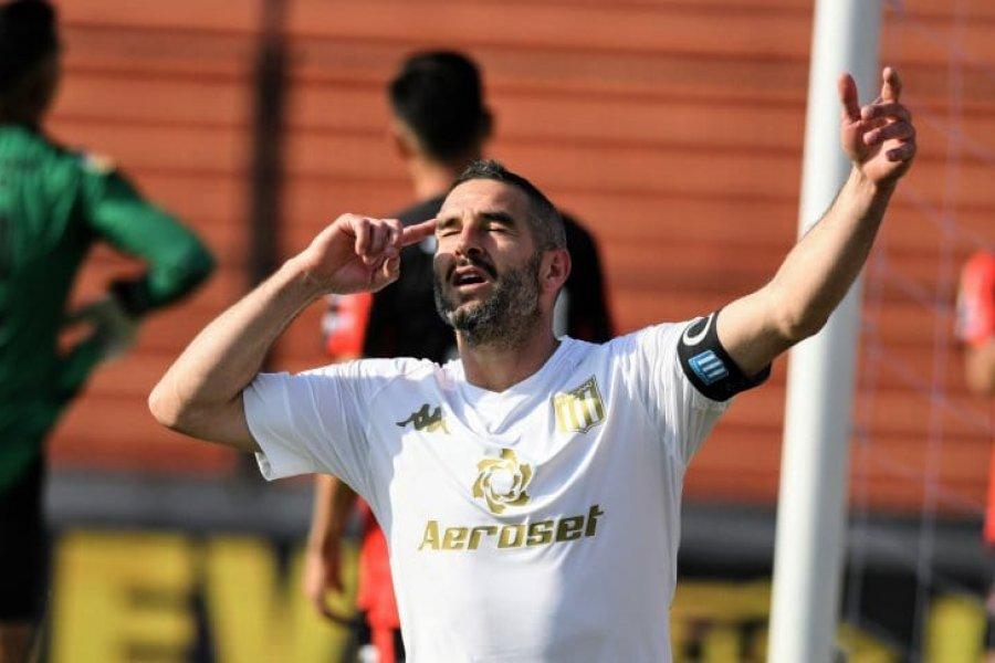 Racing sufrió pero le ganó a Patronato en Paraná por la Liga Profesional