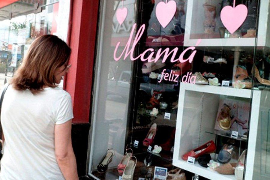 Los comercios esperan una recuperación en el nivel de ventas por el Día de la Madre