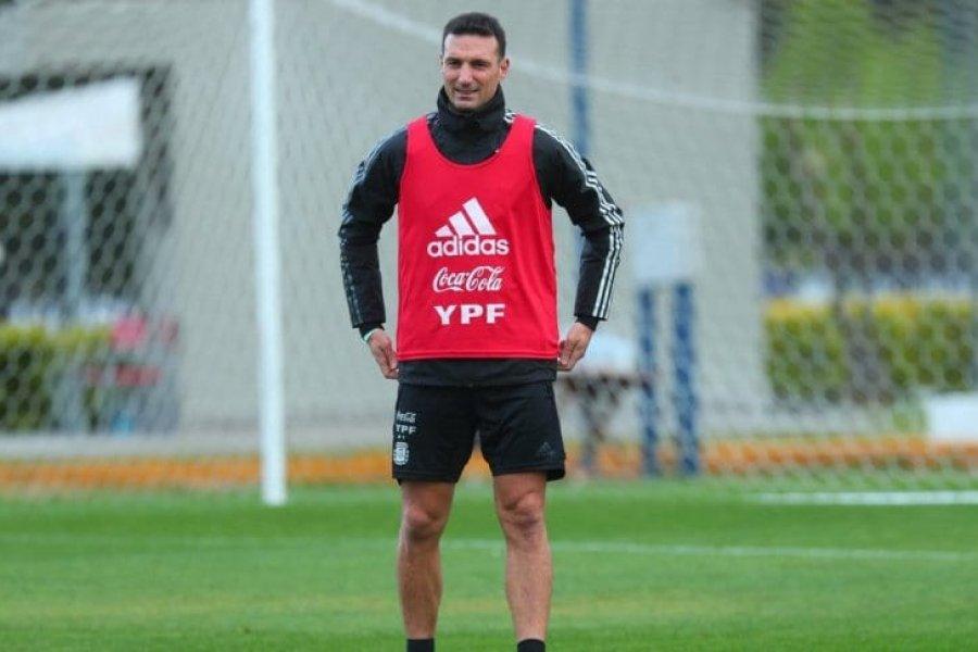 Scaloni no dio pistas sobre el equipo para el partido ante Perú
