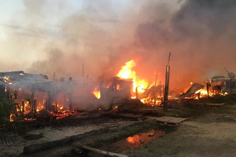 Incendio consumió por completo una casilla de madera