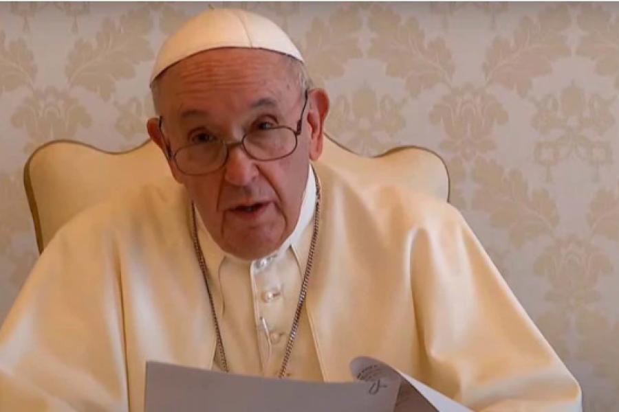 El mensaje del Papa en IDEA: No se puede vivir de subsidios