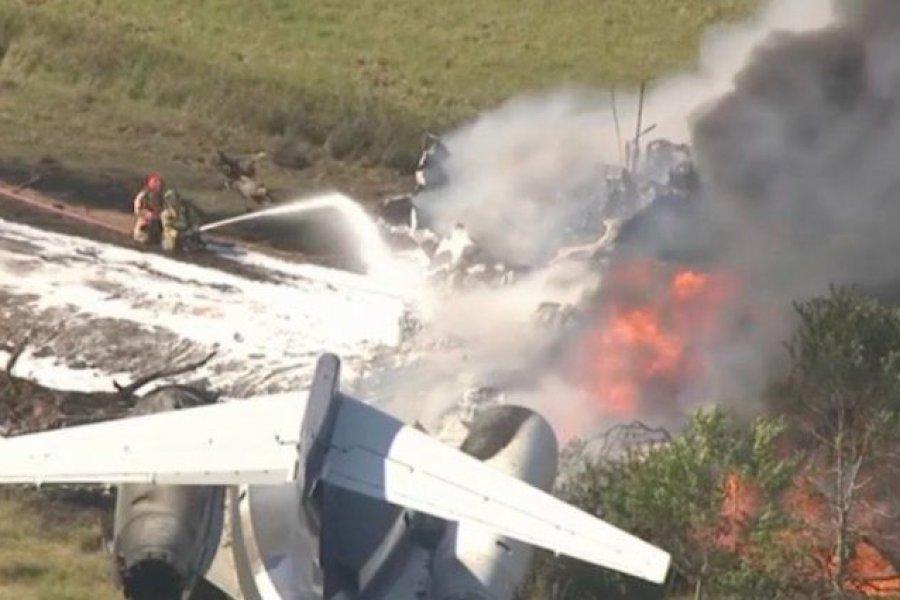 Un avión se estrelló con 21 personas a bordo