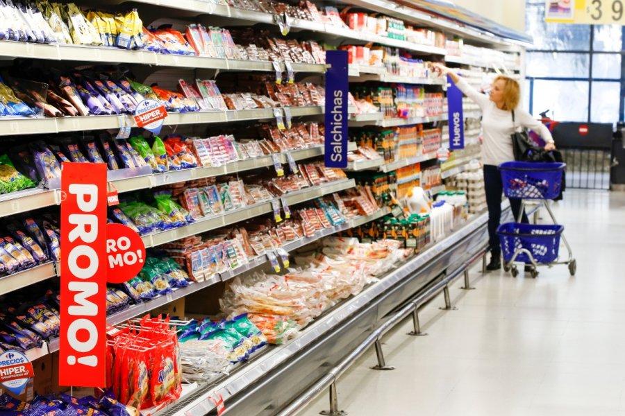 El Gobierno establece la fijación de precios máximos de 1.432 productos