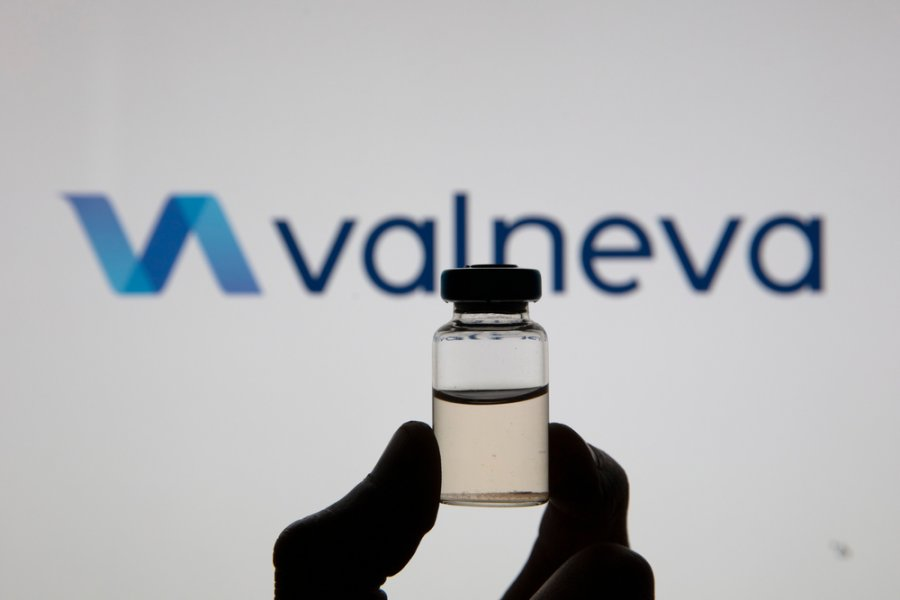 Una nueva vacuna francesa mostró mejores niveles de anticuerpos que la de AstraZeneca