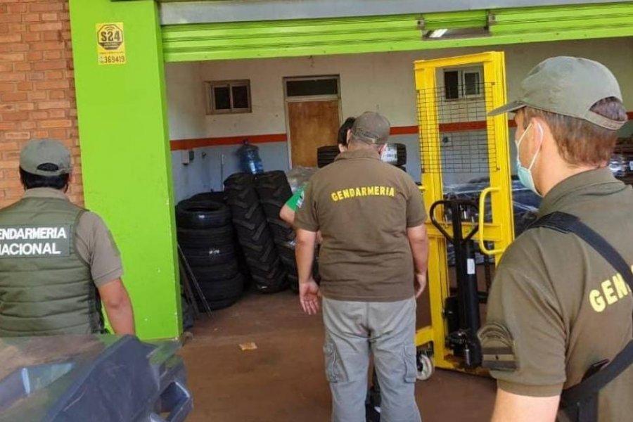 Secuestraron millonaria carga de calzados y neumáticos importados de contrabando