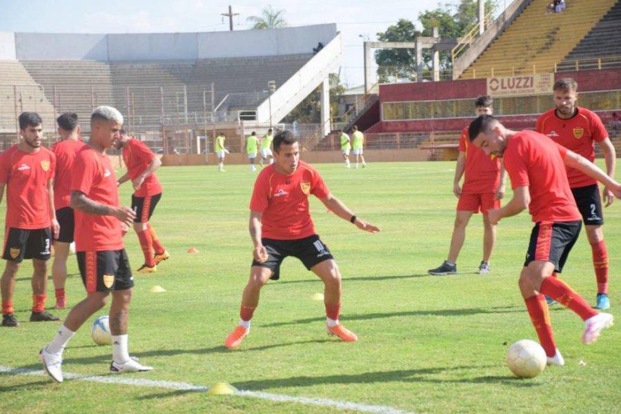 Boca Unidos prueba el equipo con cambios