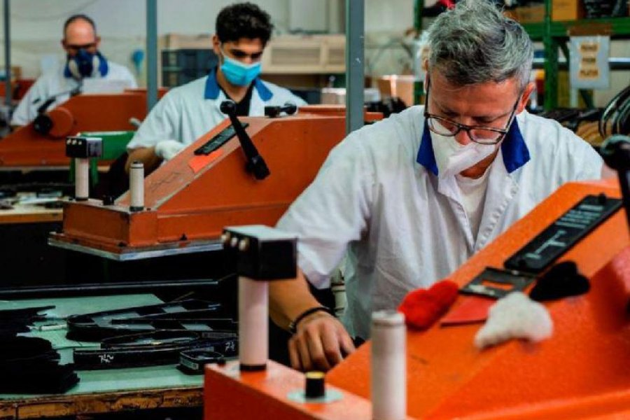 La actividad económica creció 12,8 % en agosto