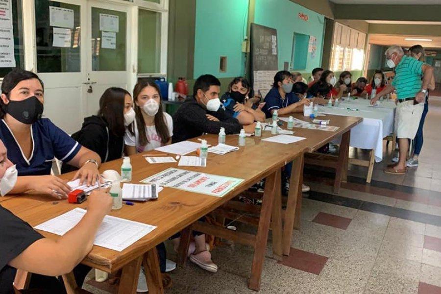 Un municipio correntino vacunó contra el Covid a casi 10 mil menores