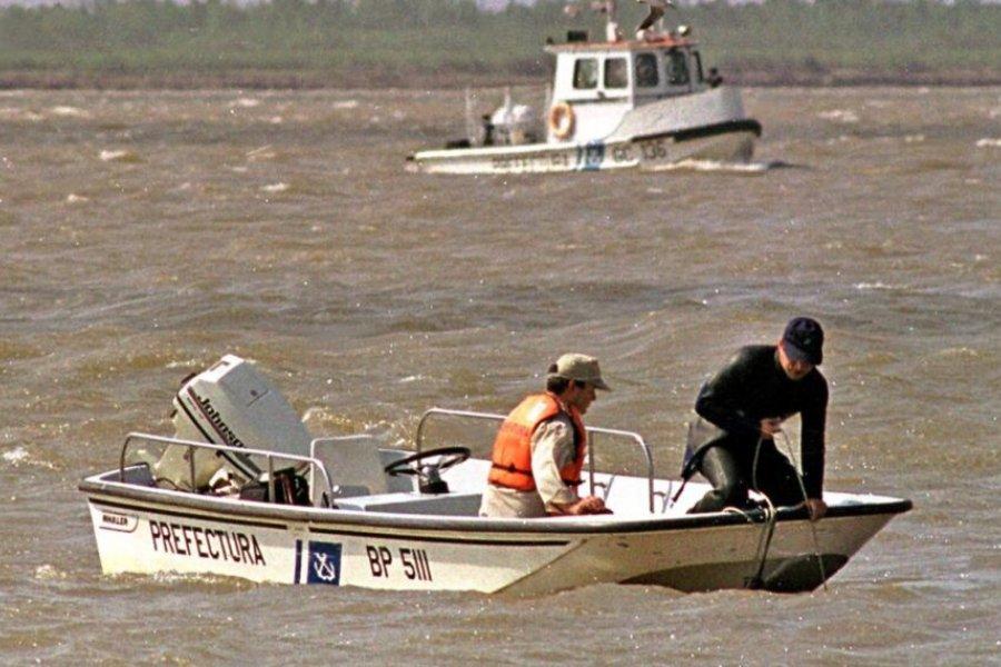 Hallaron el cuerpo de un hombre que cayó de una piragua en el Paraná