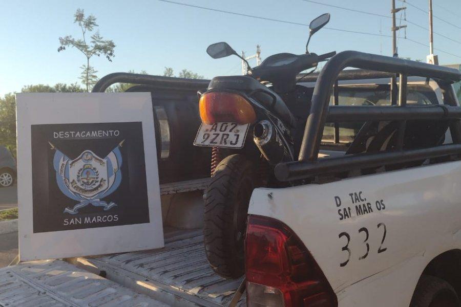 La Policía recuperó una moto robada y detuvo al ladrón